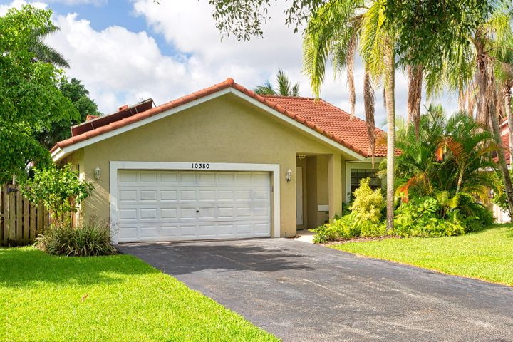10380 NW 31st Street, Coral Springs, FL 33065