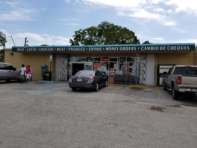2911 Okeechobee Road, Fort Pierce, FL 34947