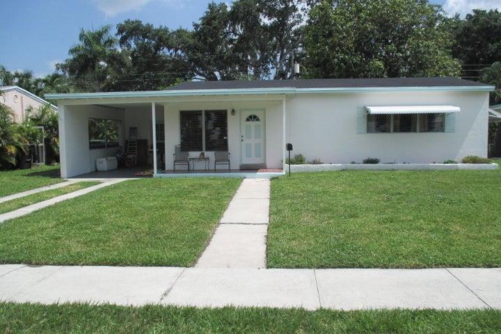827 SW 26th Court, Fort Lauderdale, FL 33315