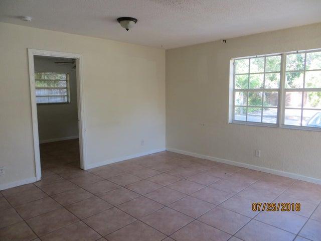 716 SW 14th Avenue 1, Fort Lauderdale, FL 33312