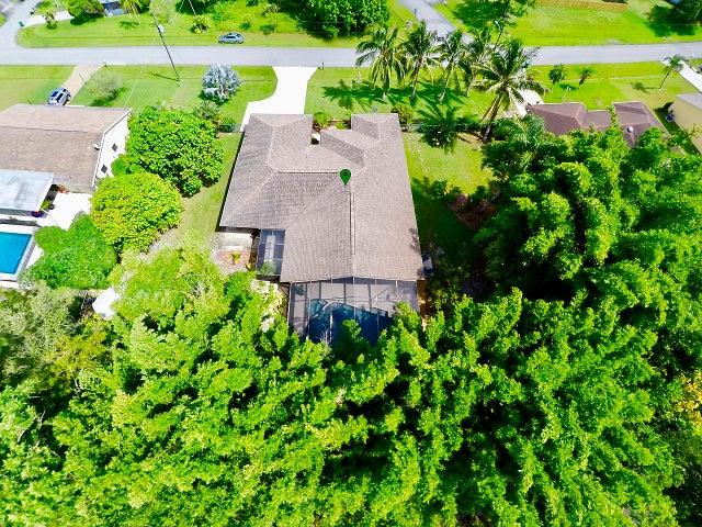 285 SE Verada Avenue, Port Saint Lucie, FL 34983