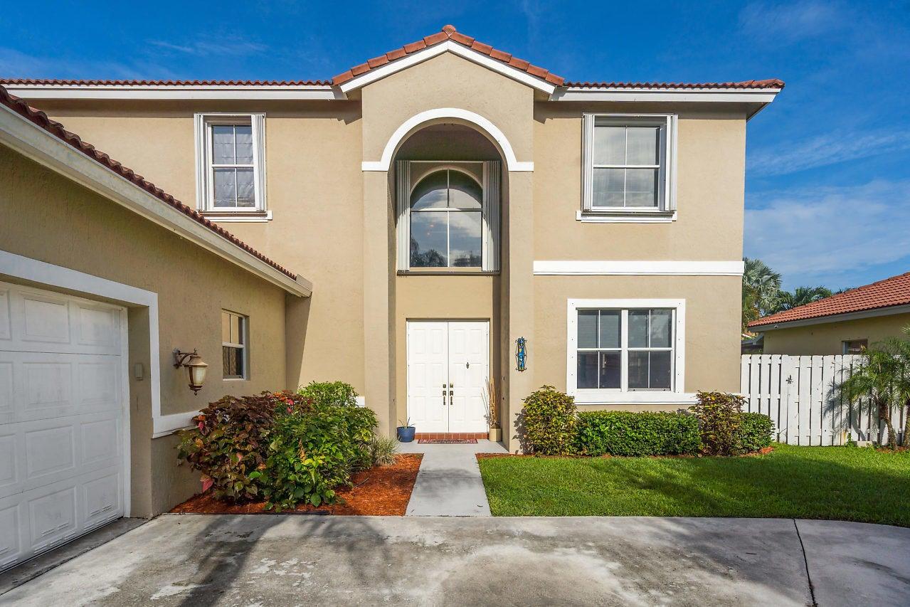 6791 Las Colinas Lane, Lake Worth, FL 33463