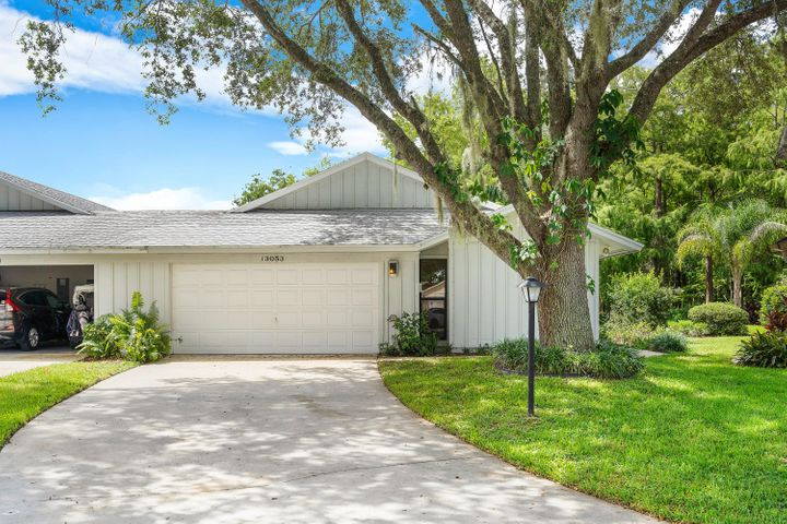 13053 SE Cog Hill Court, Hobe Sound, FL 33455