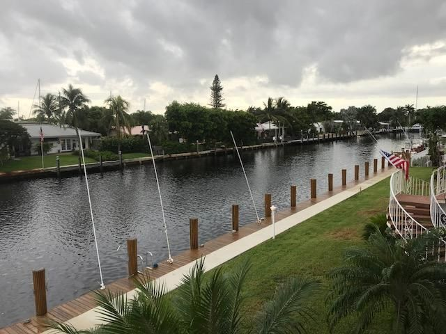 2850 NE 30 Street 13, Fort Lauderdale, FL 33306