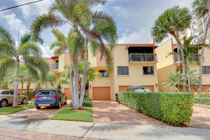 3016 NE 49th Street 4, Fort Lauderdale, FL 33308