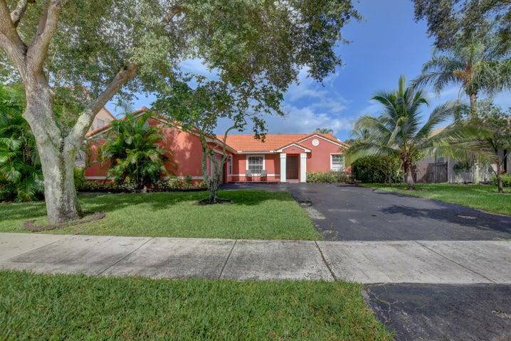 6213 NW 45 Avenue, Coconut Creek, FL 33073
