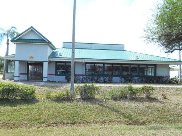 6501 Darter Court, Fort Pierce, FL 34945