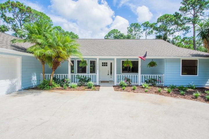 10628 Pine Cone Lane, Fort Pierce, FL 34945