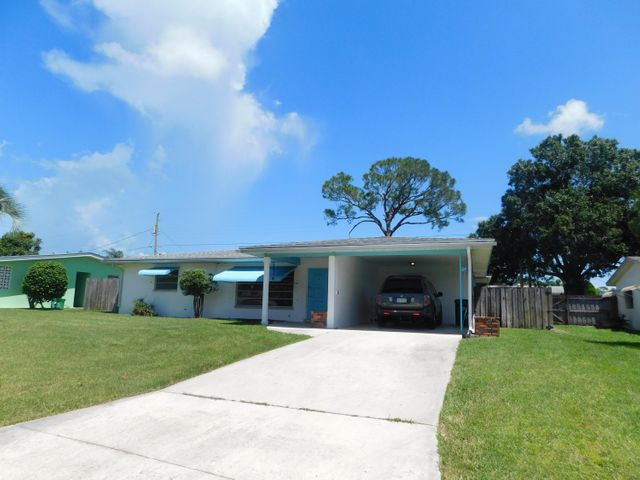 325 Shady Lane, Fort Pierce, FL 34952