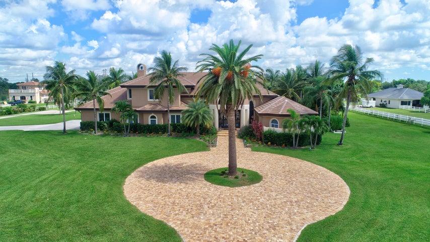 10709 S El Paraiso Place, Delray Beach, FL 33446