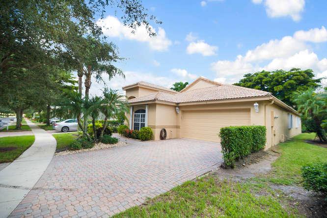 10282 Copper Lake Drive, Boynton Beach, FL 33437