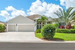 2425 3rd Place SW, Vero Beach, FL 32962