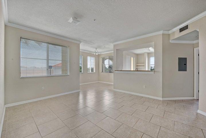 11021 Legacy Lane, 303, Palm Beach Gardens, FL 33410