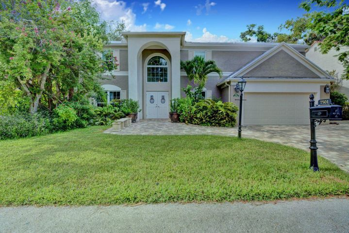 7501 Red Bay Place, Coral Springs, FL 33065