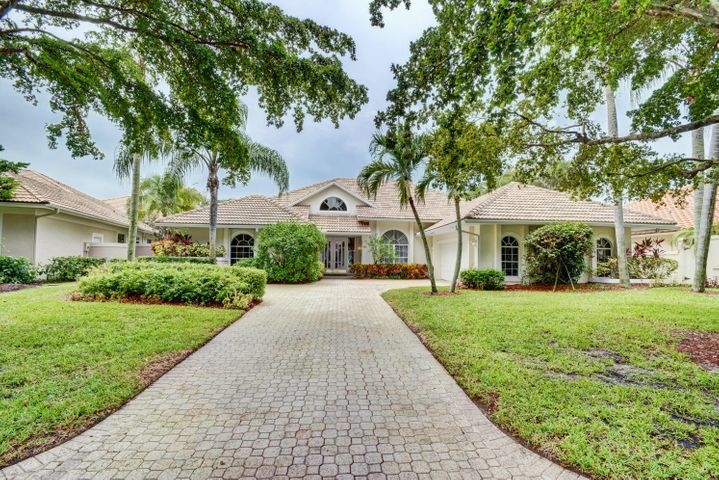 27 Cayman Place, Palm Beach Gardens, FL 33418