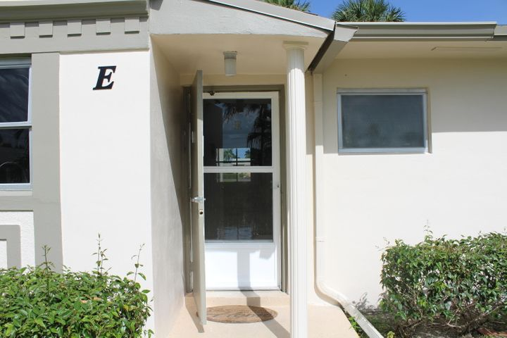 2853 W Crosley Drive, E, West Palm Beach, FL 33415