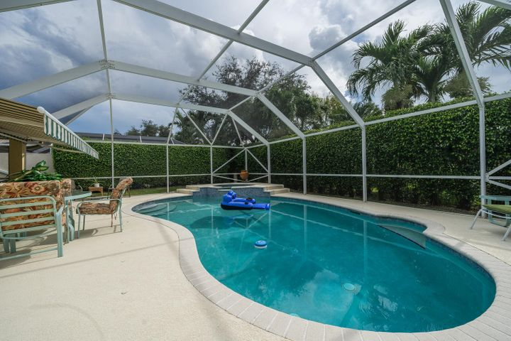 5694 Fountains Drive S, Lake Worth, FL 33467
