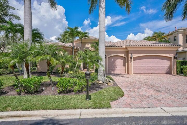 125 Vizcaya Estates Drive, Palm Beach Gardens, FL 33418