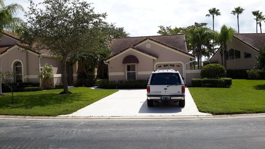 304 Sabal Palm Lane, Palm Beach Gardens, FL 33418