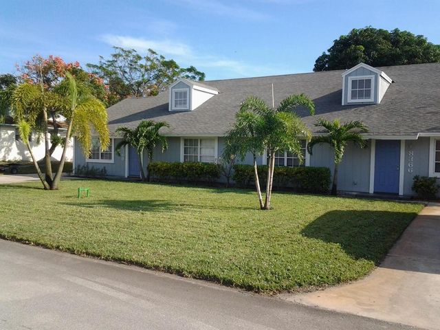 8368 SE Pine Circle, Hobe Sound, FL 33455