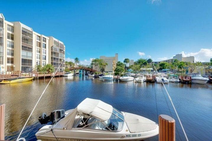 6 Royal Palm Way, 302, Boca Raton, FL 33432