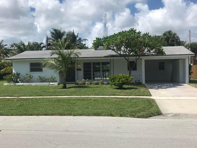 2267 NE 3rd Way NE, Boca Raton, FL 33431