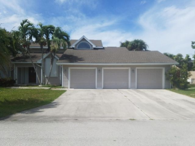 103 Queens Road, Hutchinson Island, FL 34949