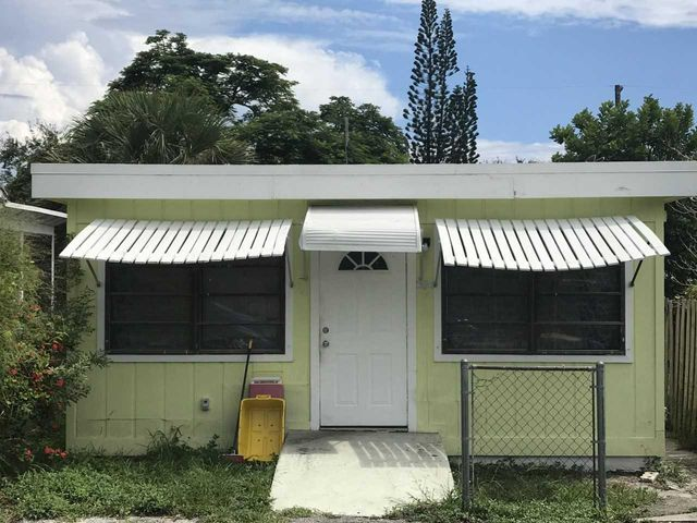 608 N E Street, Lake Worth, FL 33460