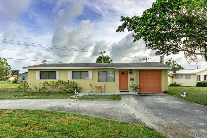 822 W Jasmine Drive, Lake Park, FL 33403