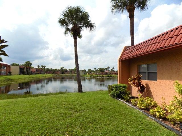 323 Lake Frances Drive, West Palm Beach, FL 33411