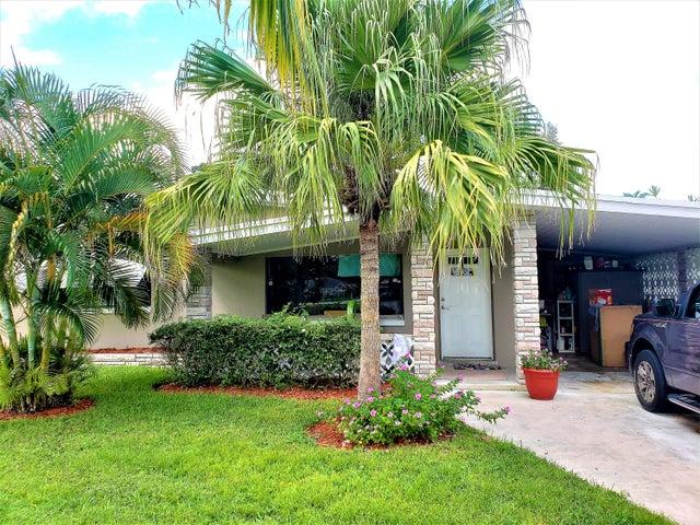 106 SE Camino Street, Port Saint Lucie, FL 34952