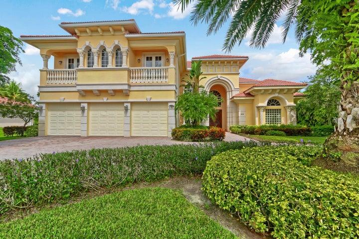 8305 Woodsmuir Drive, Palm Beach Gardens, FL 33412
