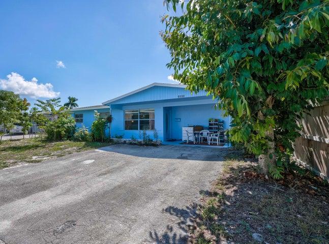 3608 Holiday Road, Palm Beach Gardens, FL 33410