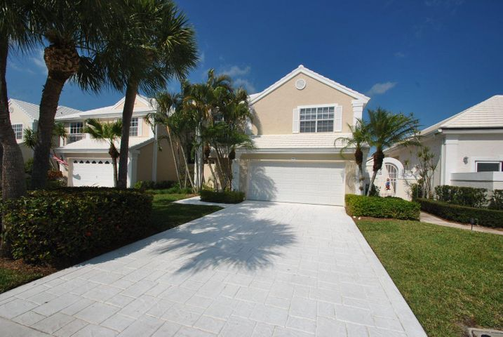 10 Blenheim Court, Palm Beach Gardens, FL 33418