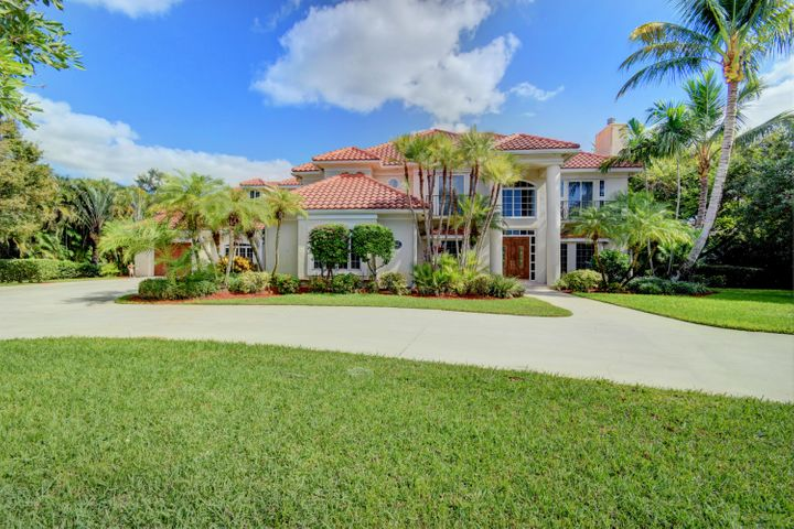 6BR 5.5 BA Aero Club Estate - Across Street From 4,000 Ft Runway