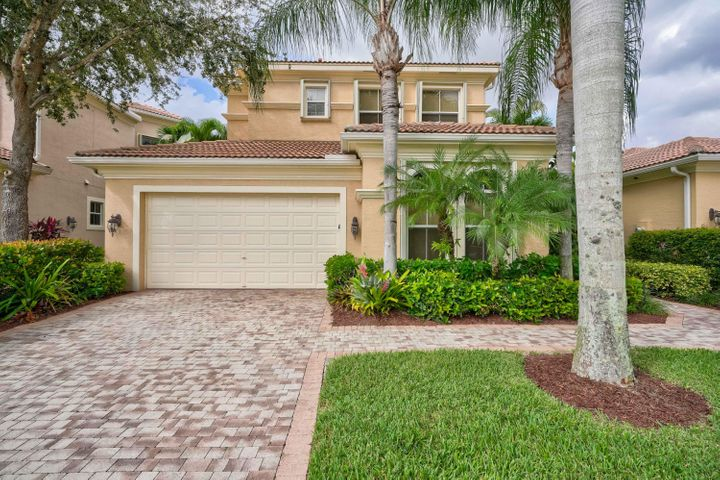 229 Andalusia Drive, Palm Beach Gardens, FL 33418