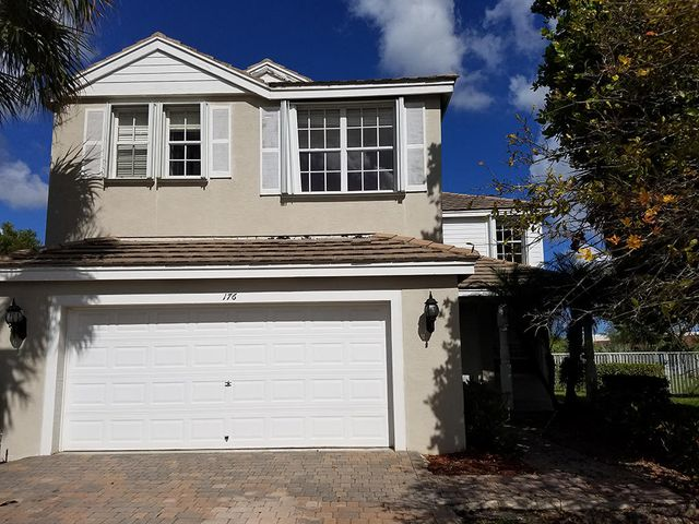 176 Kensington Way, Royal Palm Beach, FL 33414