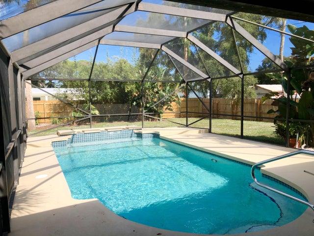 2545 Venice Drive, Palm Beach Gardens, FL 33410