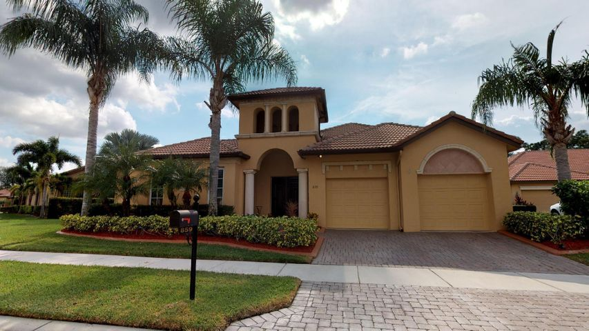 859 SW Saint Tropez Court, Port Saint Lucie, FL 34986