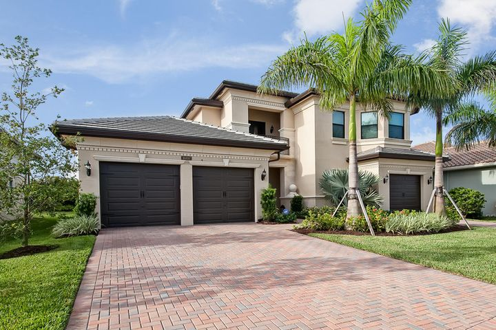 THIS BEAUTIFUL TRANSITIONAL CONTEMPORARY HOME IN SEVEN BRIDGES FEATURES 4 BEDROOMS PLUS OFFICE, 4.1 BATHS, 3 GARAGE BAYS, HUGE PLAYROOM.  LARGE IMPACT WINDOWS FILL THE HOME WITH NATURAL LIGHT.  FABULOUS CHEFS KITCHEN WITH SUB ZERO/WOLF/BOSCH APPLIANCES, SPACIOUS MASTER SUITE W/ LUXURIOUS MASTER BATH.  COMMUNITY AMENITIES INCLUDE GUARDED GATEHOUSE W/PATROLLING SECURITY, NEW 30,000 SQ FT CLUBHOUSE W/FITNESS, TENNIS, RESORT STYLE POOL, GAME ROOM, CARD SALONS, INDOOR SPORTS COURT, POOLSIDE BISTRO, PLAYGROUND, PARTY PAVILLION & MUCH MORE.