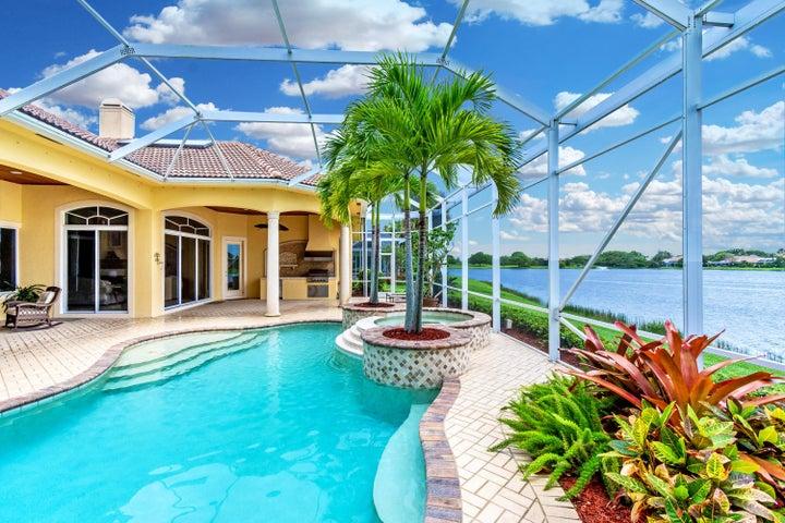 125 Brookhaven Court, Palm Beach Gardens, FL 33418