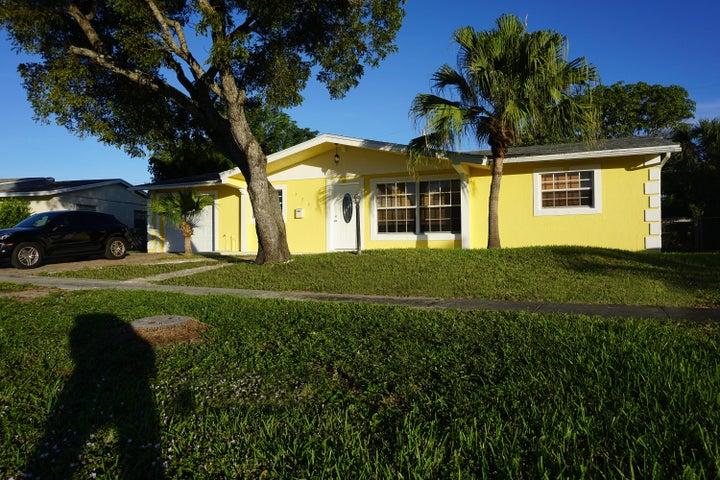 3395 Capri Road, Palm Beach Gardens, FL 33410