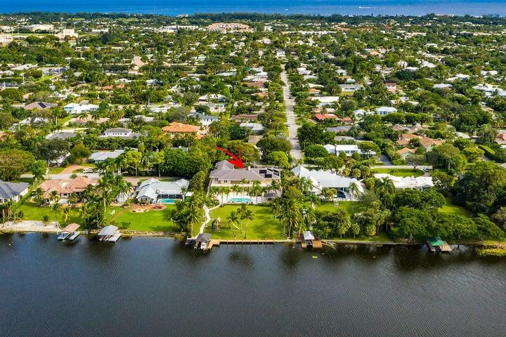 1+acre Lakefront Estate
