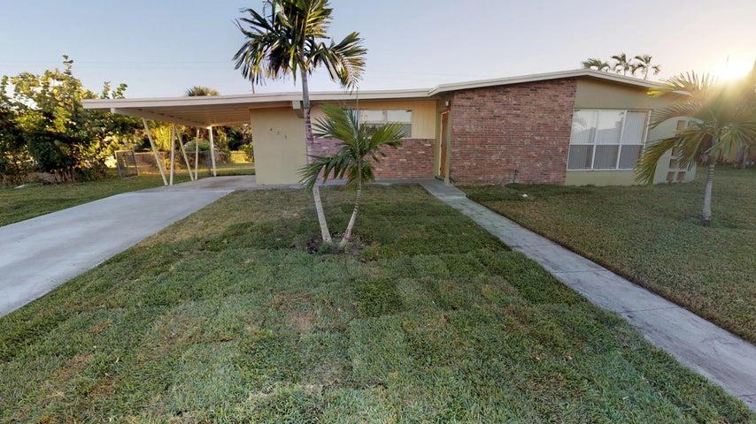 425 Fontana Drive, Palm Springs, FL 33461