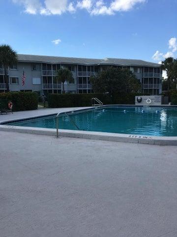 2760 Banyan Road, 24a, Boca Raton, FL 33432
