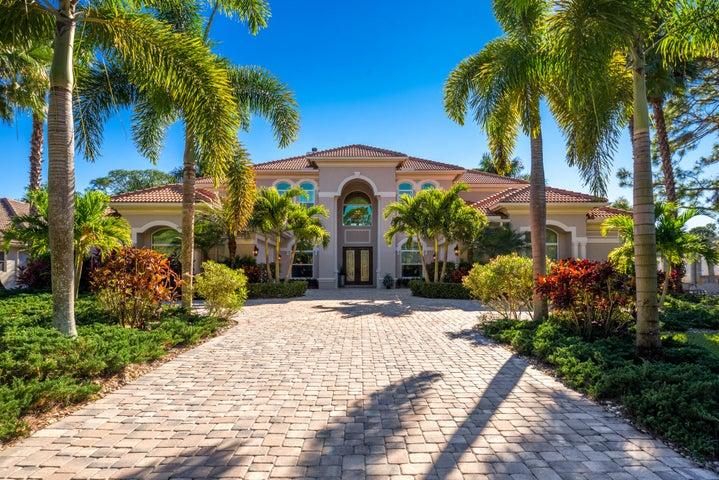 716 SW Squire Johns Lane, Palm City, FL 34990
