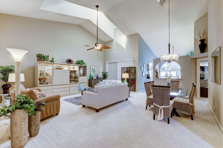 2503 Mahogany Place, Palm Beach Gardens, FL 33418