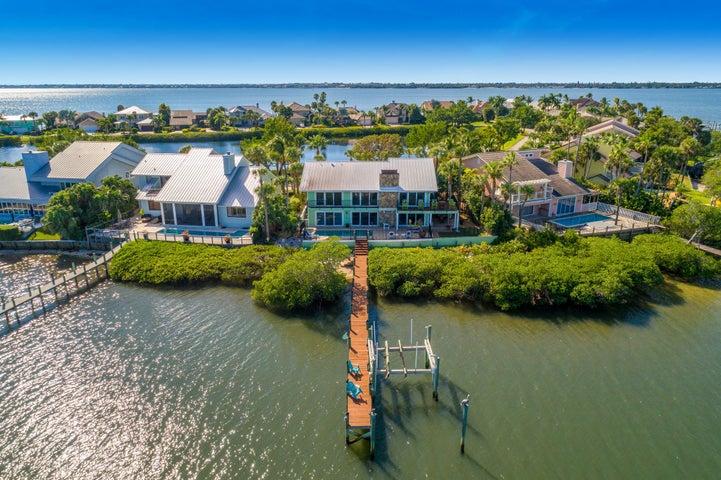 Joe\\'s Point Beach House