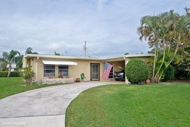 418 Coconut Avenue E, Port Saint Lucie, FL 34952