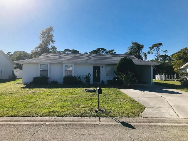 1850 SE Burgundy Lane, Port Saint Lucie, FL 34952